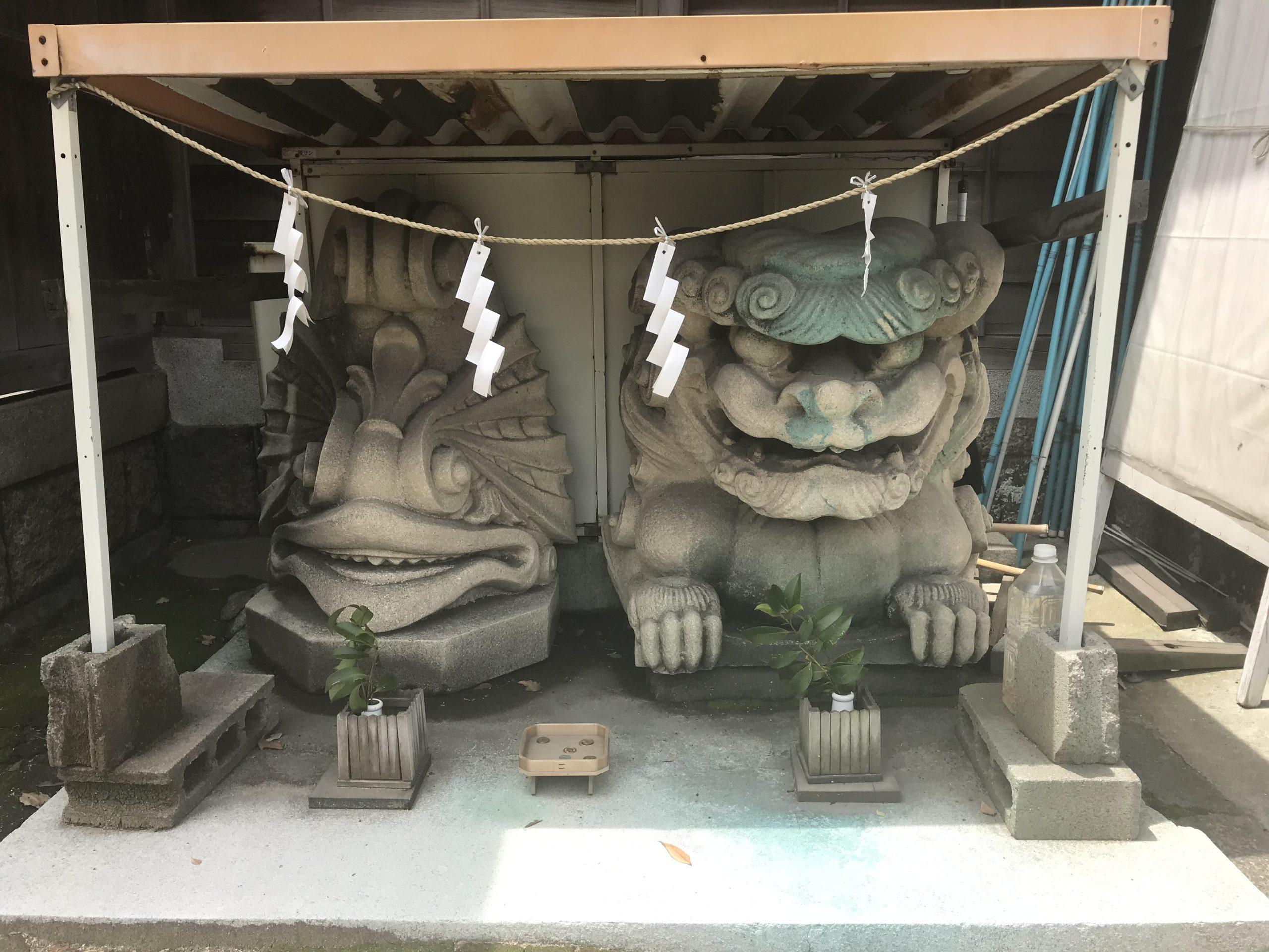鼻川神社の写真